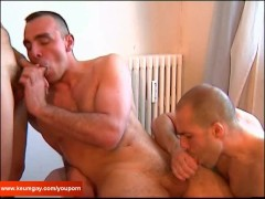 Picture 2 for 3 suckers with huge cock on 1 guy