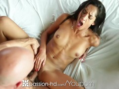 Picture Passion-HD - Chloe Amour sucks on Johnny Sin...