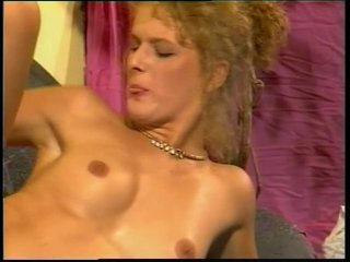 Milf Cumshot Slim video: Sex On The Couch - Julia Reaves