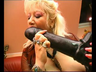 Blonde Dildo Dp video: Big Tits Granny - Julia Reaves