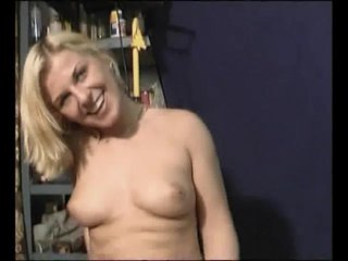 Fingering Blonde Dildo video: Nothing Better Than A Bald-Cunt - Julia Reaves