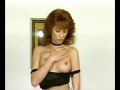 Erotic Posing  - Julia Reaves