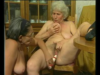 Lesbian Dildo Vibrator video: GILF-On-GILF - Julia Reaves