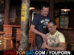 Picture Homo guy seduces a barkeeper to cool anal