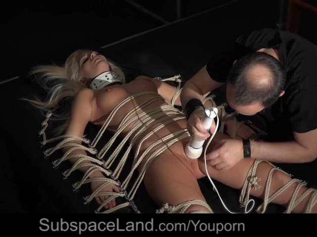 Incredible pussy crush in rope art bondage immobilizer