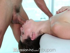 Picture Passion-HD - Tommy gets Naveen Ora oiled up...