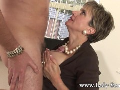 Picture Lady Sonia fucks 2 guys gets covered in cum