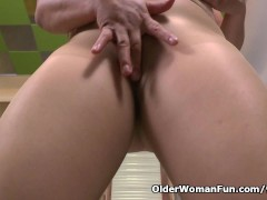 Picture Latina milf Allison gets turned on in new ny...