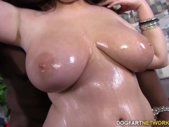 Picture Felicia Clover s vagina gets pounded by huge...