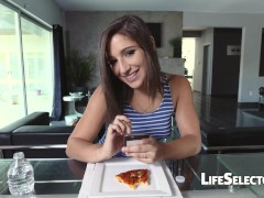 Picture A day with Abella Danger