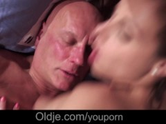 Picture Busty Young Girl 18+ wife best blowjob morni...