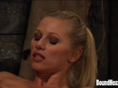 Picture Slave Driving Curvy Mistress To Big Orgasm