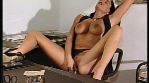 A secretary s lonely day at work