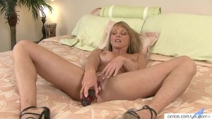 Amazing MILF closeup masturbation with toys