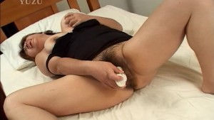 Mature hairy asian plays with