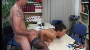 Law clerks lose thier briefs (clip)
