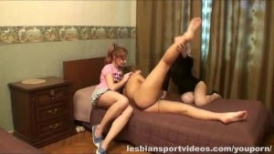 Amateur lesbians trio