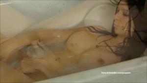 Bath masturbation