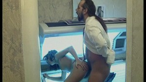 Sex on a Tanning Bed...Now That s HOT