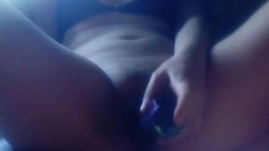 Amateur girl has orgasm with vibrator