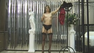 Solo girl plays with her pussy - GD Douglas