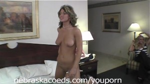Des Moines Girl First Time Naked Part 2
