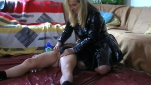 Amateur housewife blowjob and