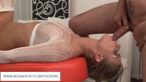 Strawberry Sandy Blowjob And Anal