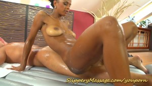 Ebony girl makes man happy with her perfect Nuru massage