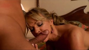 Slutty big-tit cougar seduces