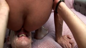 Gay Hunk Cock Sucking With Nasty Cum