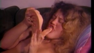 "Bizarre 70s Pussy Licking ""Dildo"" - CDI"