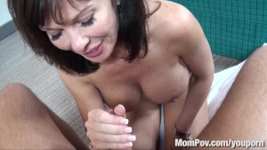 HOT swinger milf behind the scenes BJ