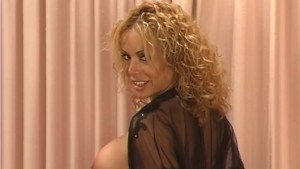 Hot Tranny Loves To Tease - Fya Independent