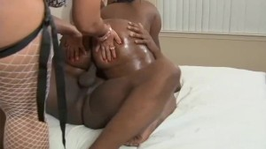 Big Booty Threesome!- Black Ma