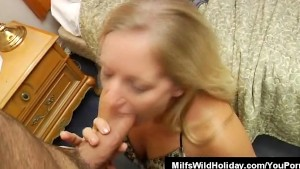Milf Zia Pulls A Stud And Sucks On His Cock