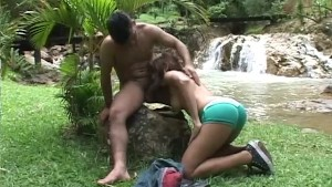 Tranny Fucked By The Water