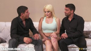 FIT blonde slut Alexis Ford is interviewed and double teamed
