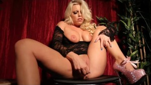 Britney Amber Sexy Masturbatio