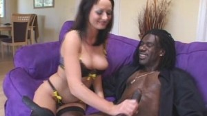 Hot Melissa Fucks Well-Hung Black