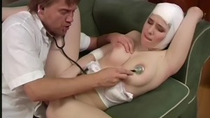 Injured Babe Gets Some Sexual