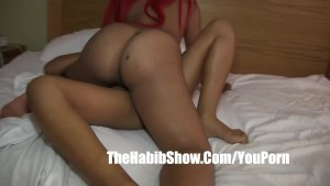 dominican lesbian couple with phat juciy booty gets banged full of nut