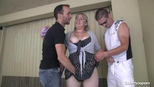 Karine a french mature gangbanged
