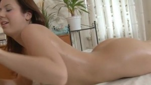 Woman fuck with a massage and end up in the mouth