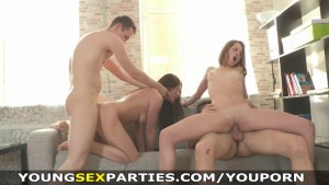 Young Sex Parties - Teen chick