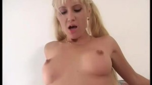 Couple fuck in front of another woman - Telsev