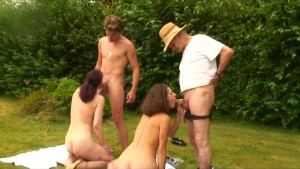 fuck in nature with voyeur papy