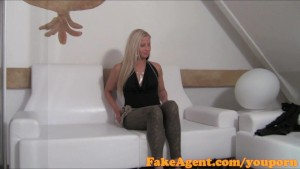 FakeAgent Stunning blonde amateur shows her skills in interview