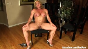 Buff Mature female bodybuilder Wanda Moore