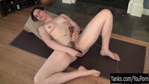 Sexy Brunette Savannah Toying Her Pussy